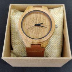 red-kite-wooden-watch