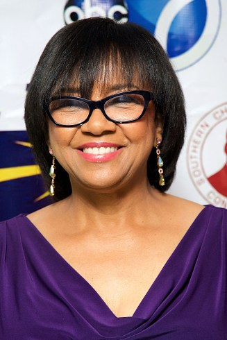 Academy President Cheryl Boone Isaacs (photo via hellobeautiful.com)
