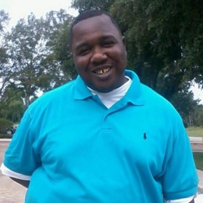 Police shooting victim Alton Sterling (photo via nydailynews.com)