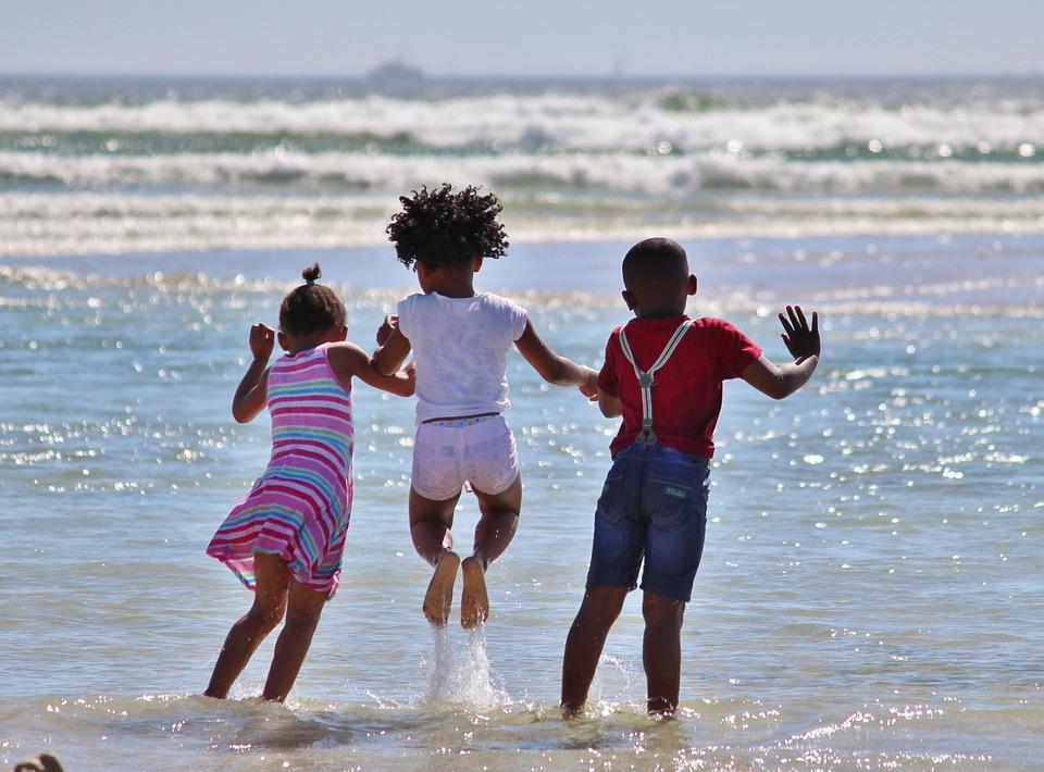 "#AAMAM: ""Summer Breeze"" – Celebrating Soulful Summer Songs (LISTEN)"