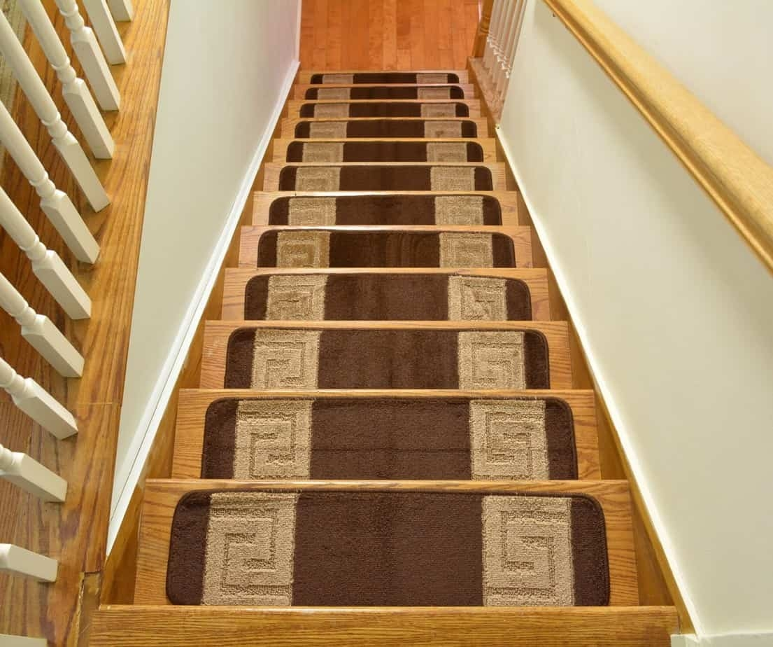 Add Different And Elegant Touch To Your House A Carpet Stair   Elogio Carpet Stair Treads   Carpet Runners   Carpet Flooring   Skid Rubber   Pet Dog   Skid Resistant