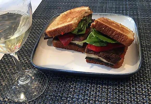 Healthy Portobello mushroom sandwich