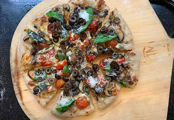 Olives and Cherry Tomato Pizza