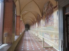 The cloisters contain priceless frescoes by Luca Signorelli and Antonio Bazzi depicting the life of Saint Benedict. We were the only admirers here this day.