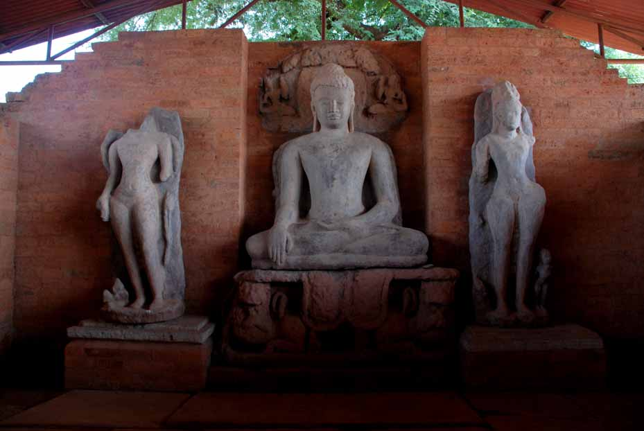 The sculpture of the Buddha in the vihara