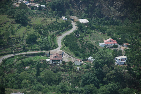 Village in the foothills - Malla Ramgarh