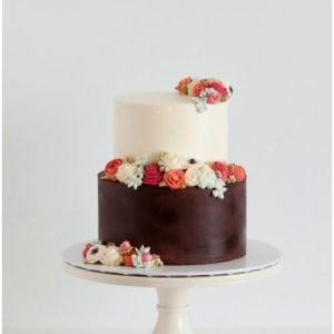 Cake Stand – White Wedding Color