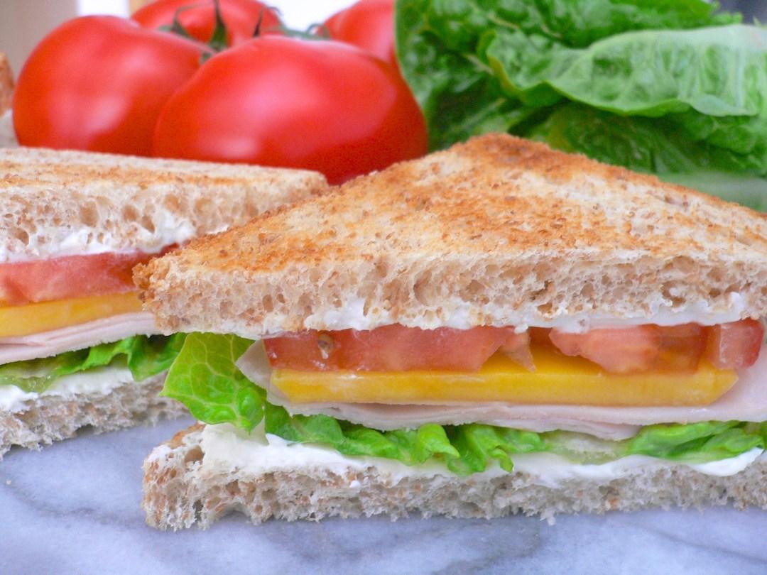 Fast Food mal anders: Schinken-Käse-Toast mit Mango @Dr. Alexa Iwan
