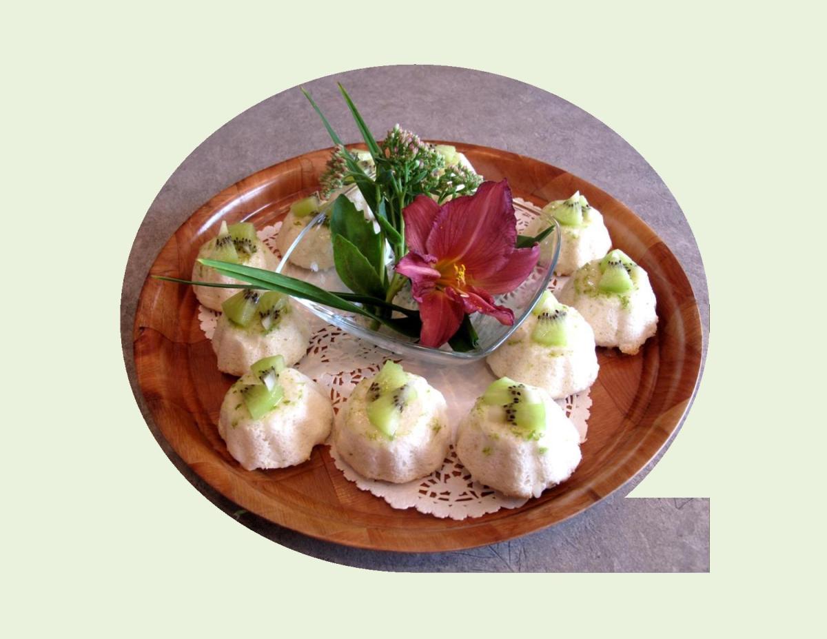 Mini Kiwi Lime Angel Food Cakes