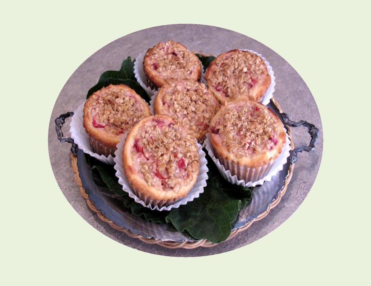 Rhubarb Sour Cream Pie or Tarts
