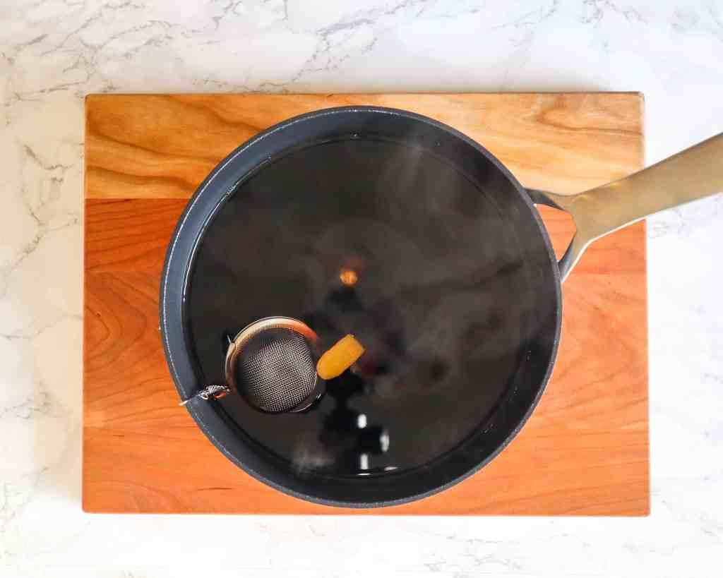 Elderberry Ginger boiling to make infused sea moss gel