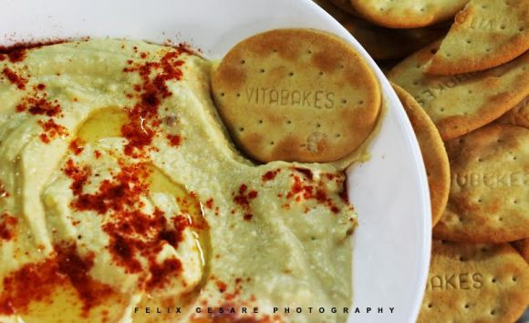 Vitabakes with hummus