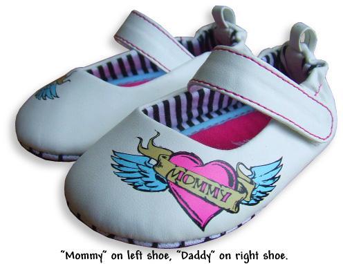 Op kleine voet_ Me-in-mind_flying heart Mary Jane white