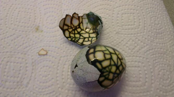 Pasen knutselen met kinderen_DIY_eieren versieren voor Pasen