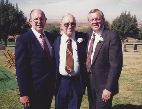Dad and sons, Dick and Bob
