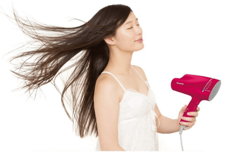 Panasonic's premium hairdryer uses nanoe™ technology, or ultra-fine water ions containing around 1,000 times more moisture than those held by negative ions. | Good Guy Gadgets