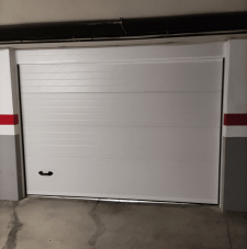 instalacion-puerta-garaje-seccional-badalona