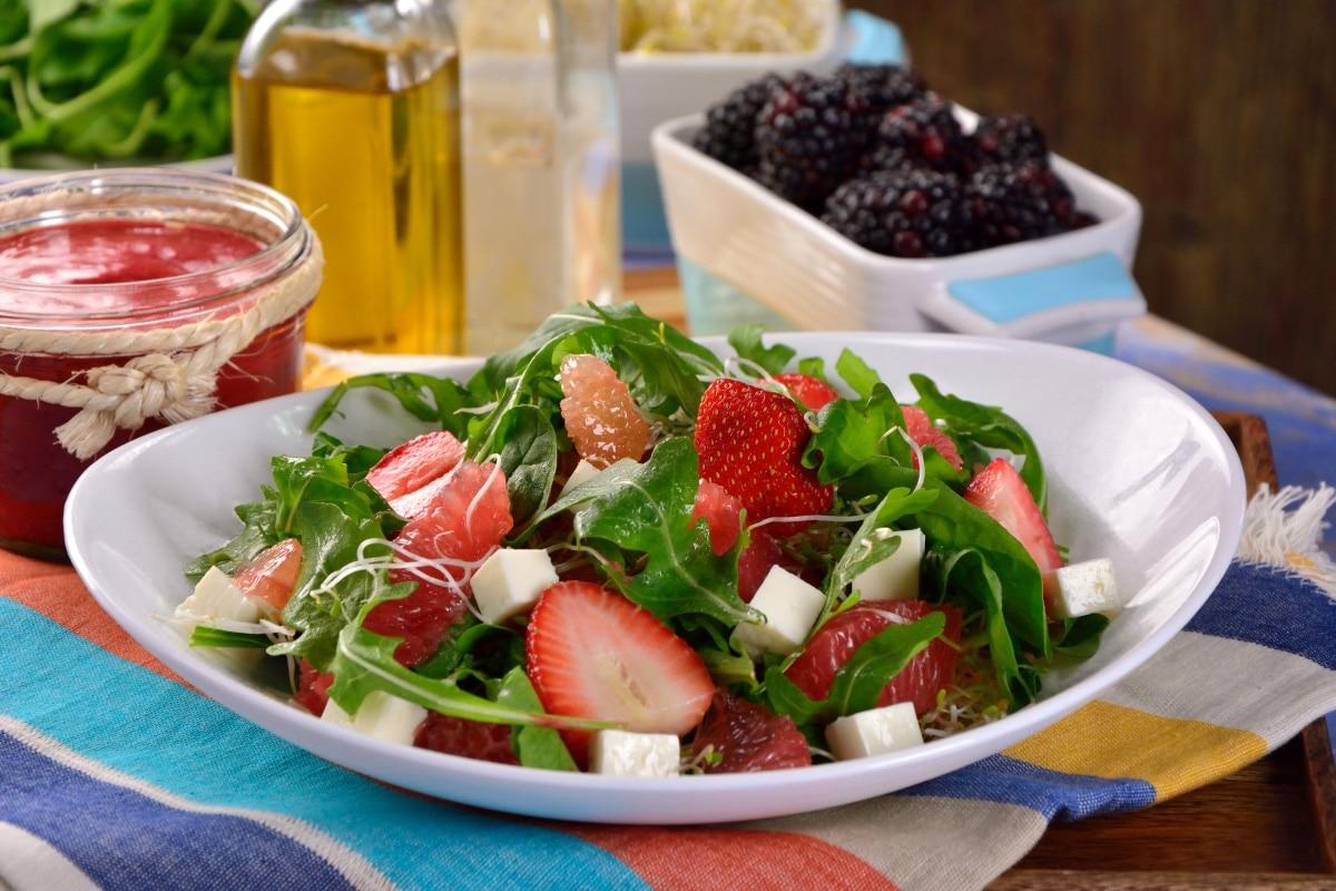 Ensalada para diabeticos - Prepara una Ensalada de Espinacas con Fresa Perfecta para Diabéticos