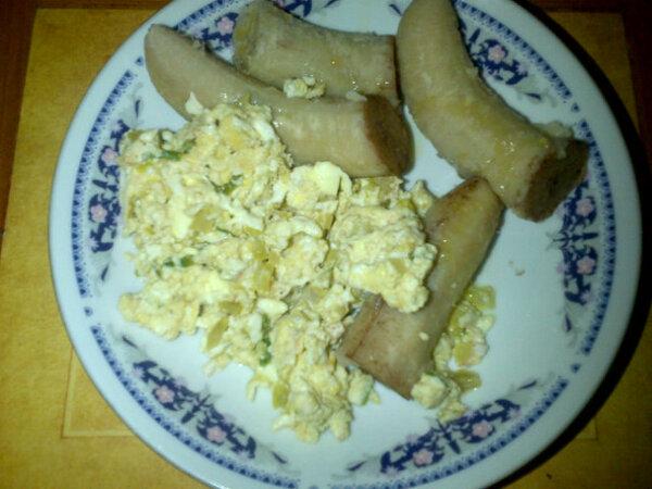 guineitos con huevo - Cómo hacer Guineitos Verdes con Huevo - Receta Dominicana