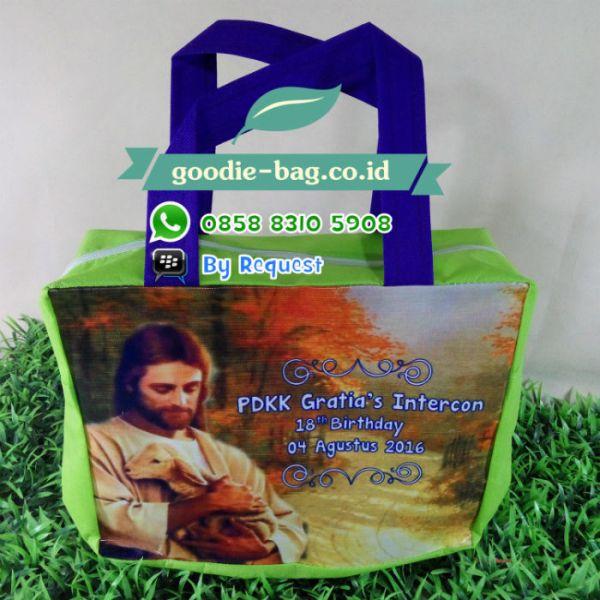 tas natal yesus totebag jesus souvenir gambar yesus domba