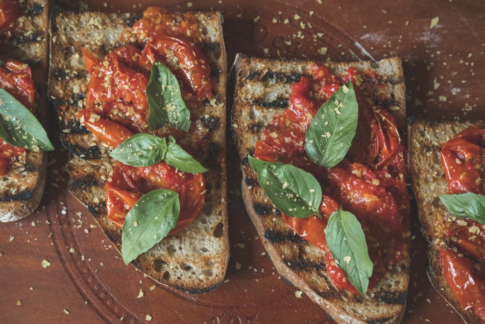Early girl tomato toast