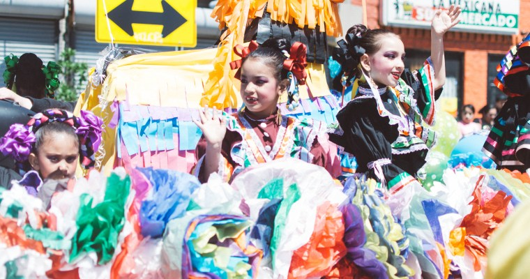 Snapshots Around Town: Mexicantown's Cinco de Mayo Detroit Parade 2017