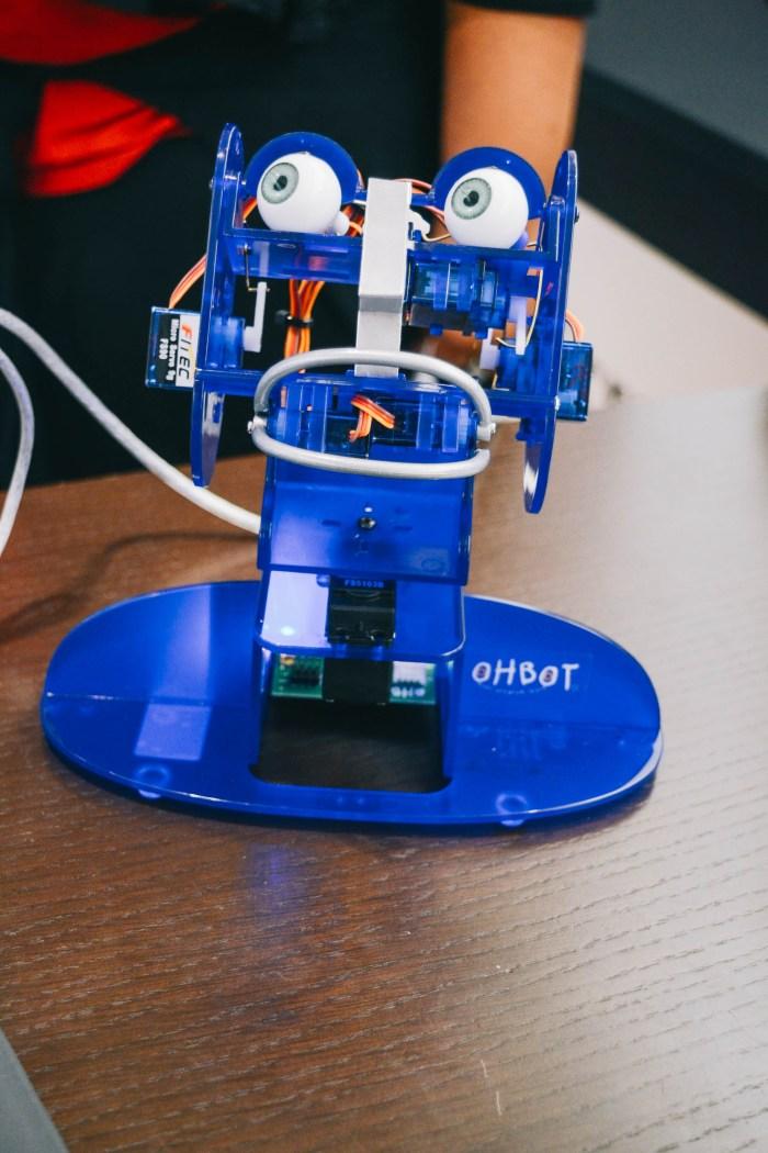 Ohbot Microsoft Store