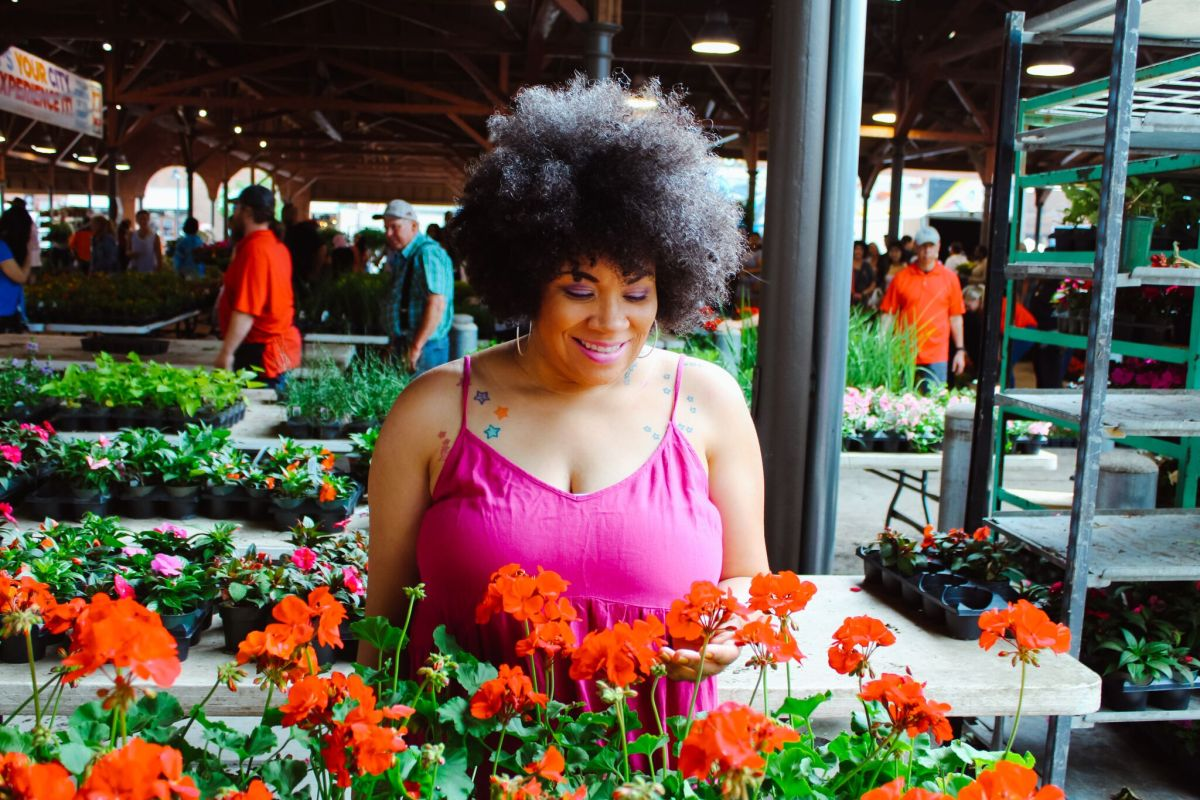 A Sunday Date at Eastern Market's Flower Day 2019