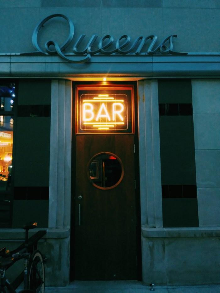 Detroit Photography: Queens Bar Detroit