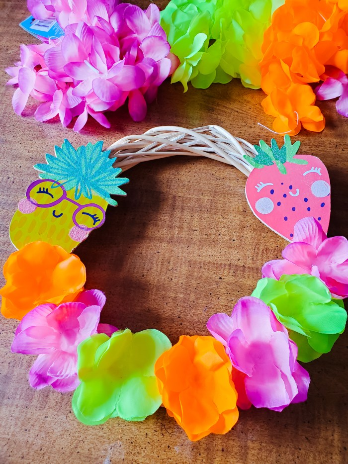 Dollar Tree Craft Idea: DIY Summer Wreath for Front Door