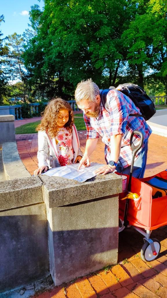 Homeschool Tip: Homeschool Outside During the Fall Season