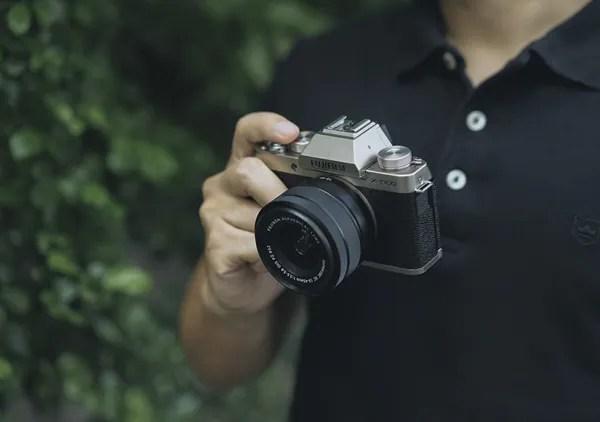 กล้อง Mirrorless Fuji X-T100 กล้องเซลฟี่ในตัว
