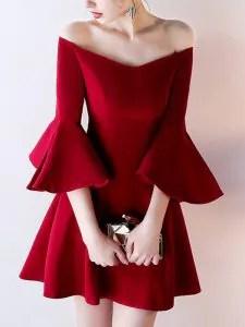 ชุดสีแดง เสื้อผ้าแฟชั่น ไอเดียการแต่งกาย
