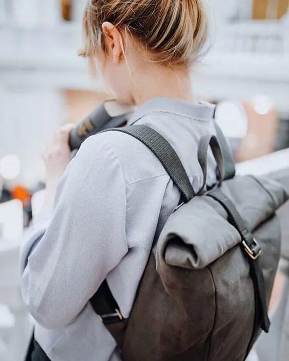 วิธีสะพายกระเป๋าเป้ สำหรับคนที่ชอบแบกของหนัก หิ้วโน้ตบุ๊คติดตัวตลอดเวลา