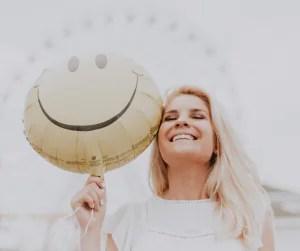 ee (Ethinyl Estradiol) ส่วนประกอบในยาคุมหรือยาปรับฮอร์โมน
