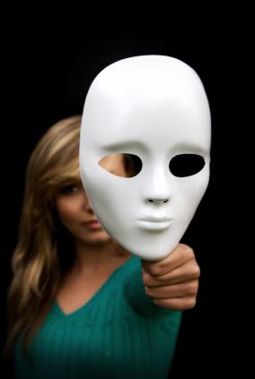 https://i0.wp.com/goodlifezen.com/wp-content/uploads/2010/08/Woman-with-mask.jpg