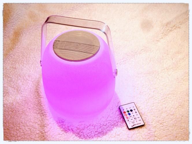 Accessoires-high-tech-enceinte-lampe-lumisky