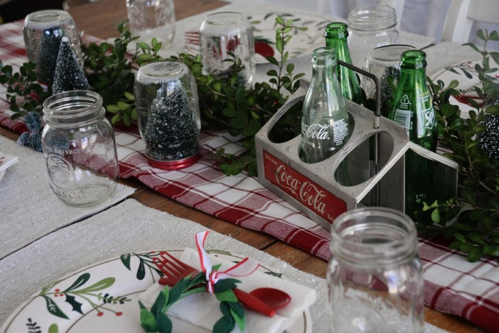 Christmas party table settings (3)
