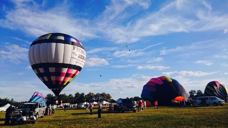 Etre au coeur de la culture US, le Forest Park Balloon race !