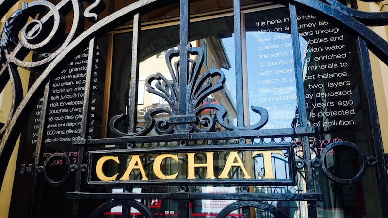 source cachat evian