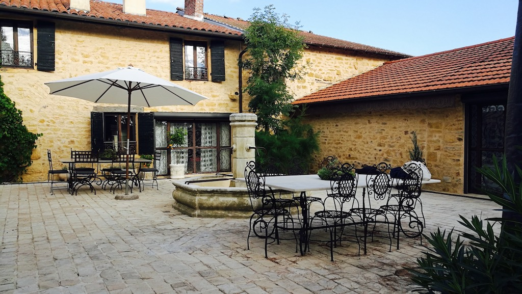 belle maison hote beaujolais