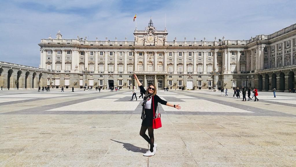 palais royal cour interieur visiter madrid