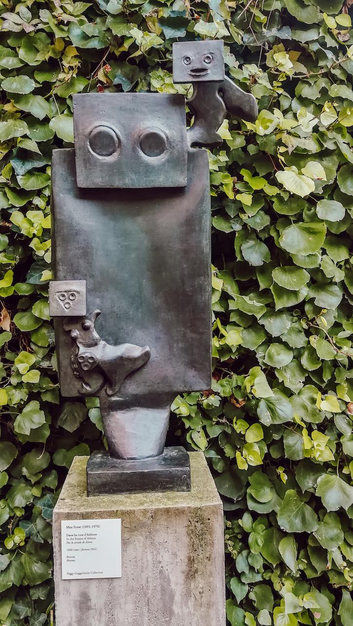 statut du jardin dans le musée guggenheim à venise