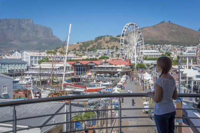 Het reuzenrad van de waterkant van Kaapstad