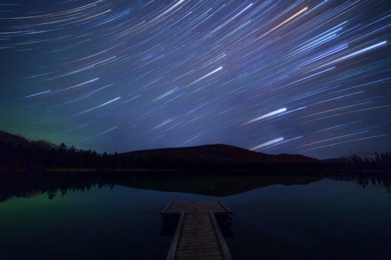 De sterren van de de winterhemel van het Jasper Nationale Park