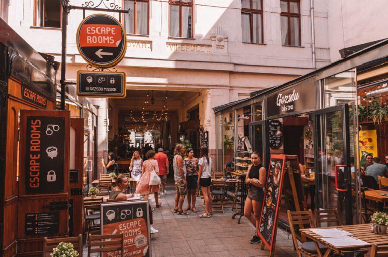 Gozsdu Courtyard weekendmarkt