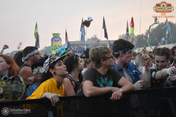 crowd_9_SCAMP17