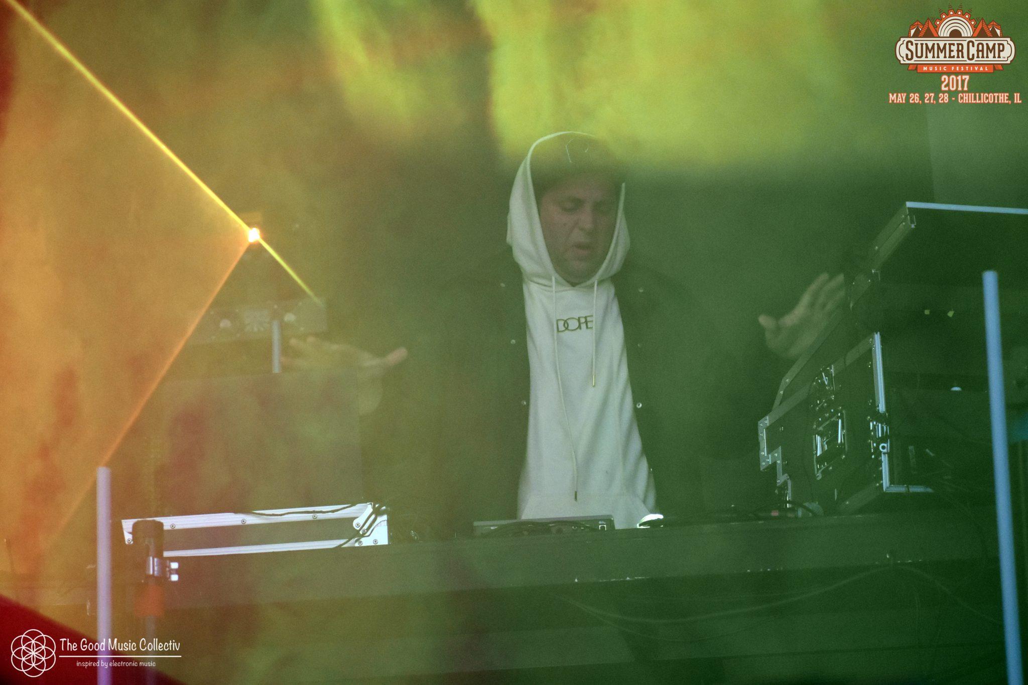 Pretty Lights [Live]