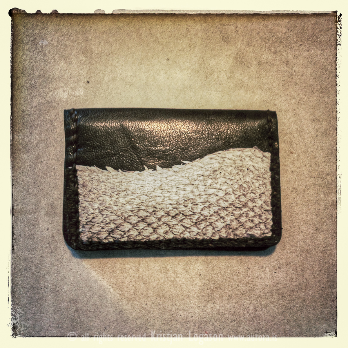 5 ways for leather worker to improve product photography with iPhone