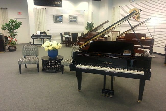 buying a piano, buying a piano for the first time, buying a piano for beginners, is buying a piano worth it, used piano buying guide, best acoustic piano for beginners, keyboard vs. piano